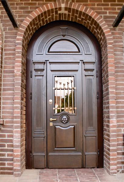 Металлические и стальные двери: особенности и отличия